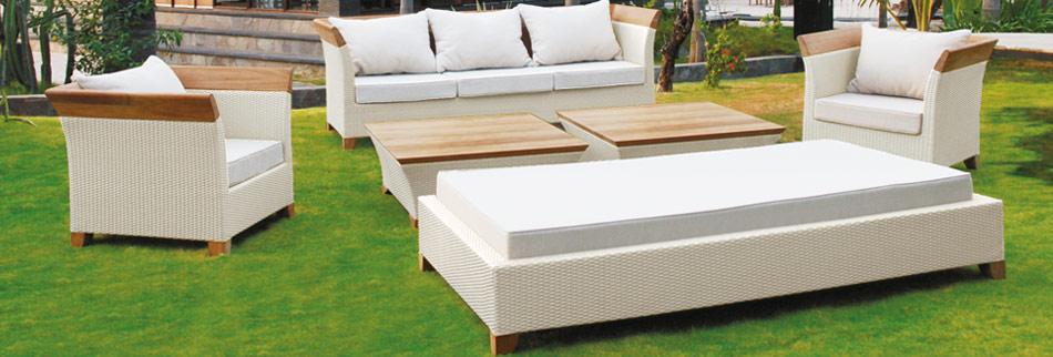 I prodotti naturali per i mobili da giardino